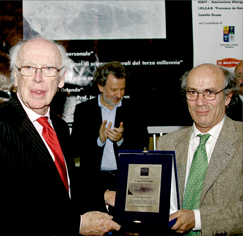 James Dewey Watson, co-discoverer of DNA being awarded with the the Capo d'Orlando Award.